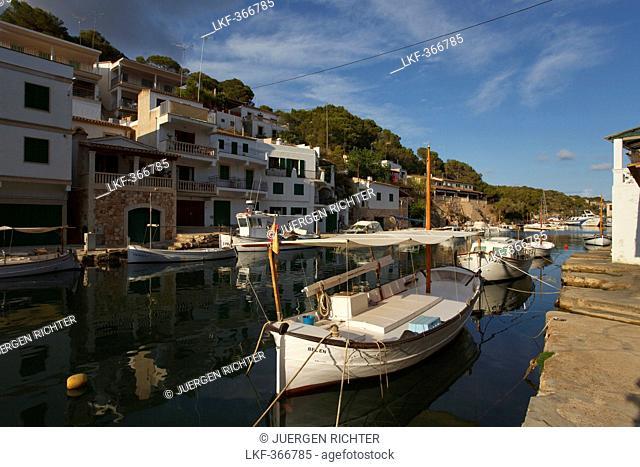 Fishing port, boats, Cala Figuera, near Santanyi, Mallorca, Balearic Islands, Spain, Europe