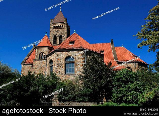 Peterskirche Weinheim zwei Burgen Stadt