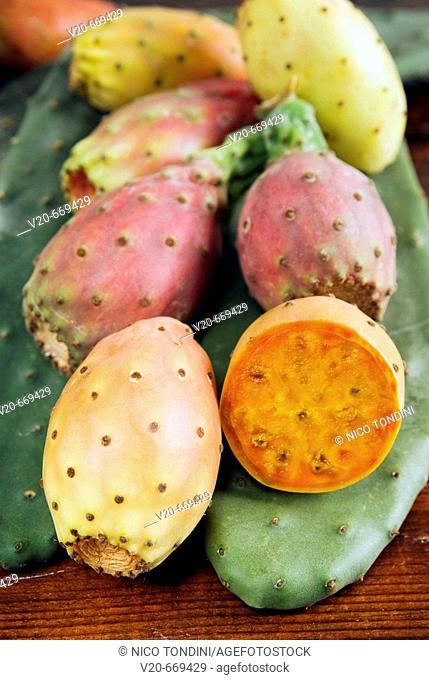 Prikly pears