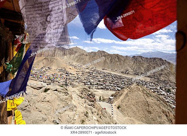 Vistas sobre Leh desde la Namgyal Tsemo Gompa, Valle de Leh, Leh, Ladakh, India