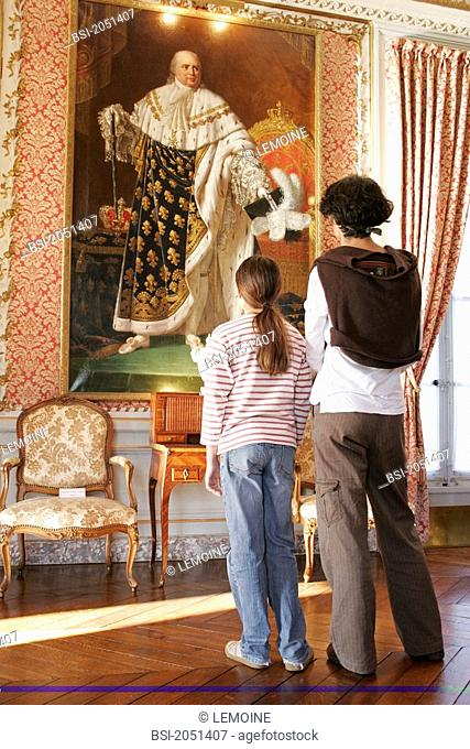 Family visit at the castle of Maintenon, France