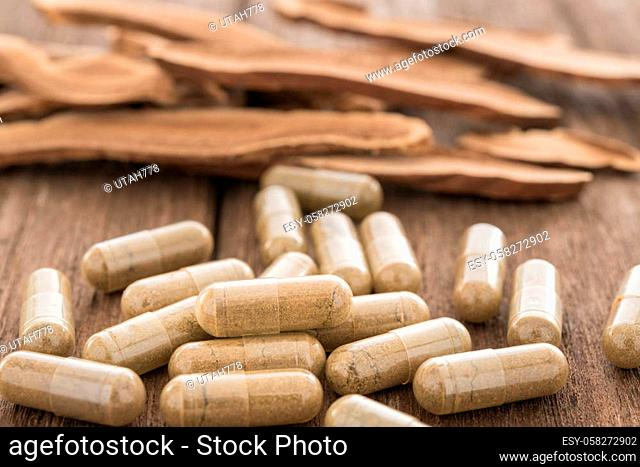 Lingzhi mushroom, Ganoderma, Herb capsule, Nutritional Supplement, Vitamin Pill, Herbal Medicine
