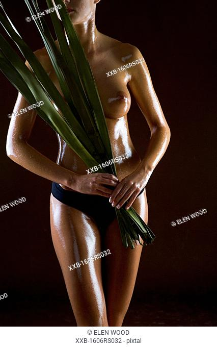 woman body in oil