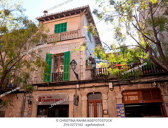 Street view in Valldemossa, Mallorca, Balearic islands, Spain