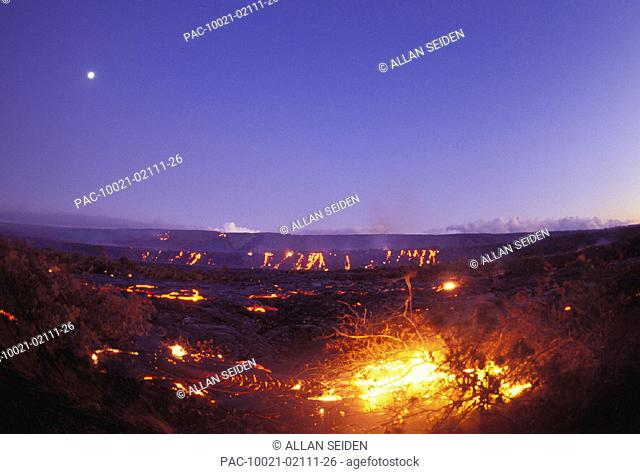 Hawaii, Big Island, Hawaii Volcanoes National Park, Full moon over lava flow at dusk