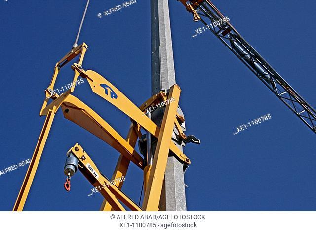 Crane, construction materials