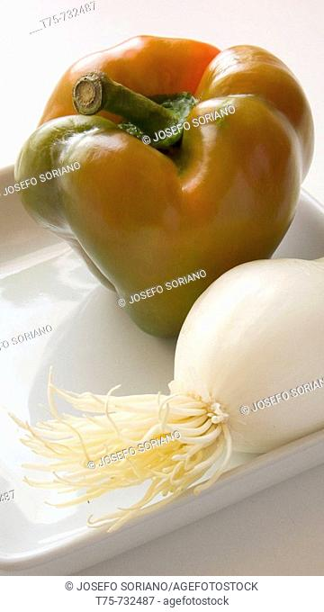 Sweet pepper and shallot
