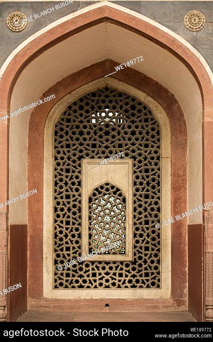 Window detail in Humayun's Tomb, New Delhi, India, Asia