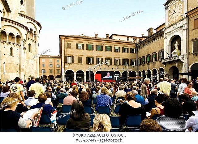 Piazza Grande, Philosophy Festival, Modena, Italy