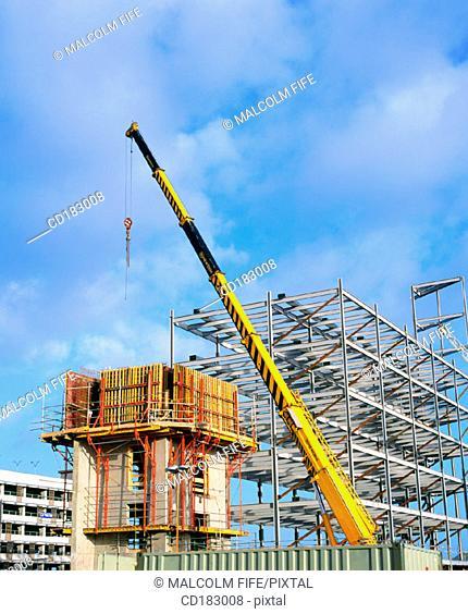 Crane and block of flats under construction