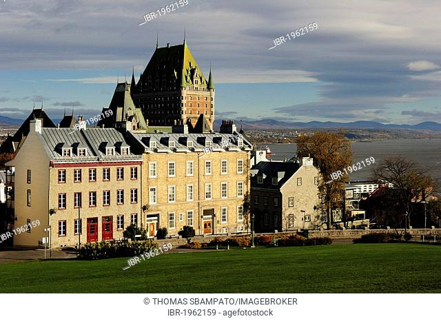 Quebec City, historic town centre with the backdrop of the Chateau Frontenac and the St. Lawrence River, Quebec, Canada