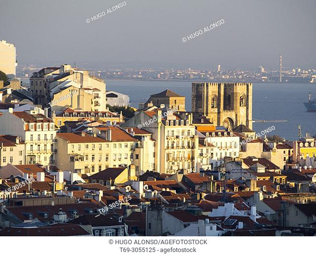 Santa Maria Maior de Lisboa o Sé de Lisboa. Lisbon city. Portugal