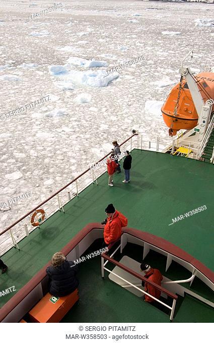 Antarctica, Antarctic Peninsula, Lemaire Channel, Antarctic Dream ship