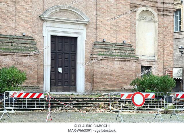 Partial collapse of the spire on the front of church of suffrage for the earthquake in late October 2016, matelica, Italy