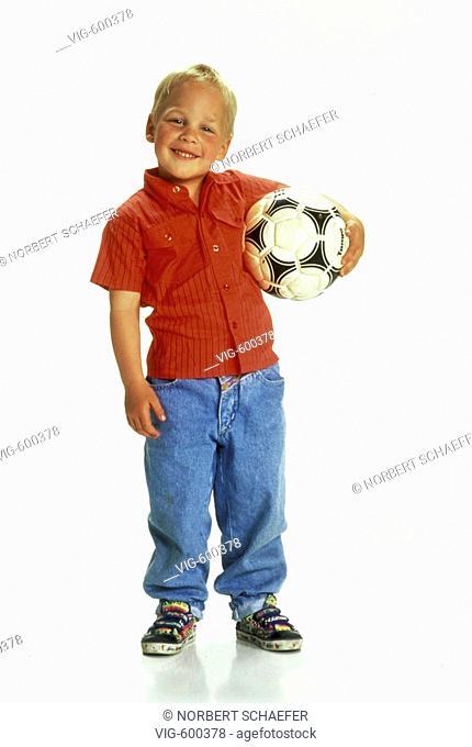 Brightly boy with a football. - 20/12/2007
