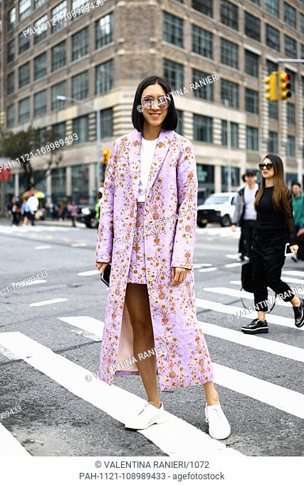 Eva Chen, Head of Fashion Partnerships at Instagram, posing on the street during New York Fashion Week - Sept 11, 2018 - Photo: Runway Manhattan ***For...