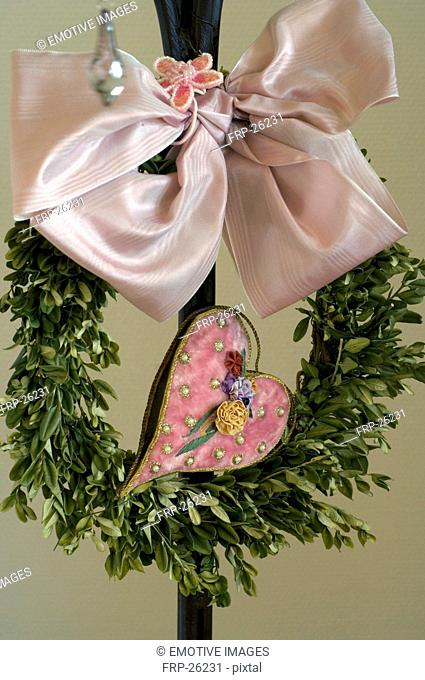 Wreath with bow and heart