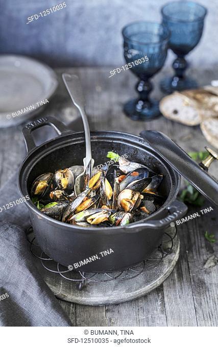Mussels à la Provençal