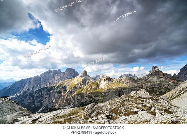 Sesto Dolomites, Trentino Alto Adige, Italy, Europe. Rondoi Baranci group with Locatelli refuge and Sasso di Sesto mount