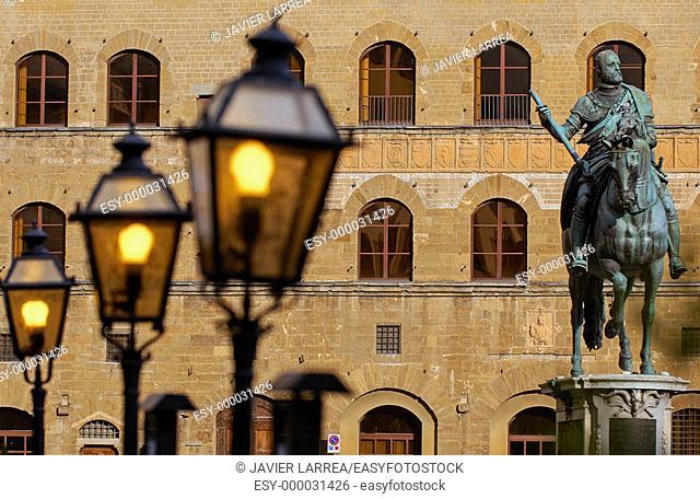 Statue of Cosimo I de Medici by Giambologna in Piazza della Signoria. Florence. Tuscany, Italy