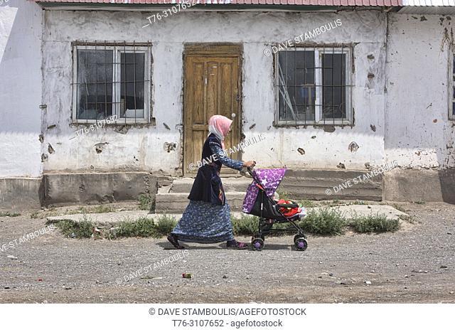 Local village life, Sary Mogul, Kygyzstan