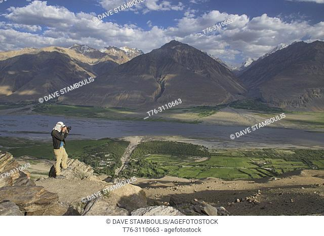 The Wakhan Valley and Afghanistan Hindu Kush, Vikchut, Tajikistan