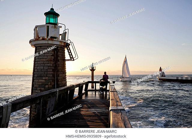 France, Landes, Bay of Biscay, Capbreton, Hossegor pier, the pier of the port of Capbreton