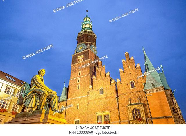 Town Hall in Wroclaw City by night