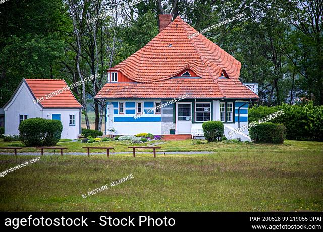 25 May 2020, Mecklenburg-Western Pomerania, Vitte: The Asta Nielsen House on the Baltic Sea island of Hiddensee. The Asta Nielsen House in Vitte was one of the...