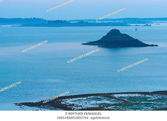 France, Cotes d'Armor, Plouezec, the Paimpol coast view from the Pointe de Plouezec