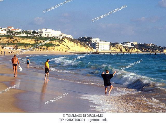 Portugal, Algarve, Albufeira Beach