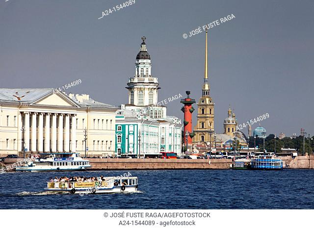 Rusia , San Petersburg City, Kunstkamera Bldg  , Rostral Column and Peter and Paul Cathedral