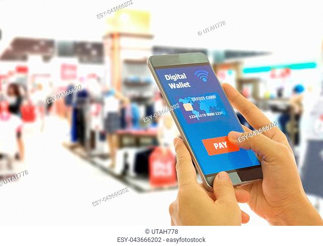 Scan credit card app Stock Photos and Images | age fotostock