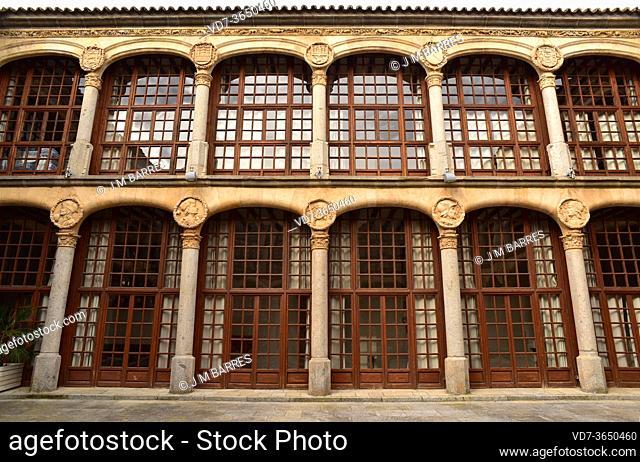 Zamora city, Condes de Alba y Aliste Palace (Parador de Turismo). Courtyear. Castilla y Leon, Spain