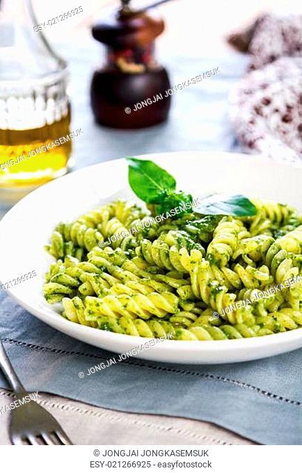 Fusilli in Pesto sauce