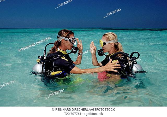 Diving course at Maldives, Maldives, Indian Ocean, Medhufushi, Meemu Atoll