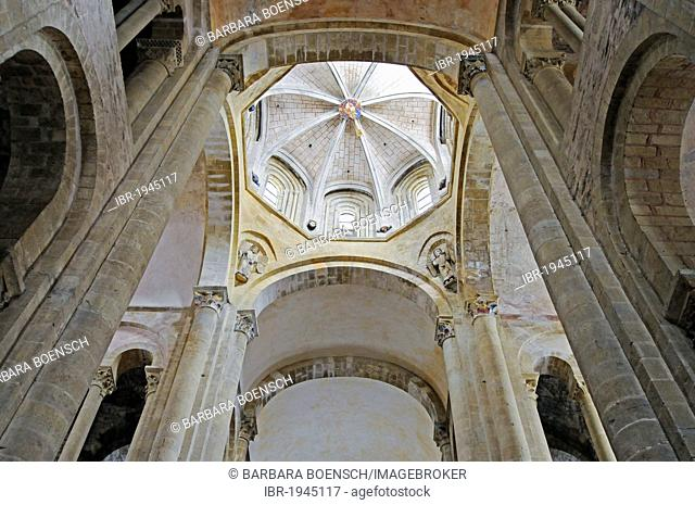 Abbataille Sainte Foy abbey church, Via Podiensis or Chemin de St-Jacques or French Way of St. James, UNESCO World Heritage Site, Conques pilgrimage site