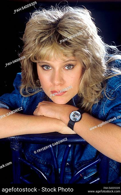 Samantha Fox on 08.04.1986 in London. | usage worldwide. - London/United Kingdom of Great Britain and Northern Ireland