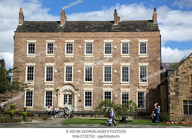 Cosin's Hall, Palace Green Square, Durham University; England; UK