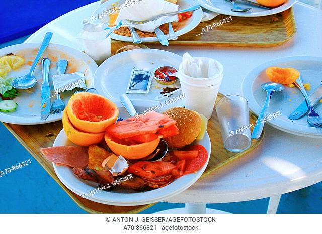 Cruise ship Coral, Louis Cruise LINEs of meal remainders of passengers