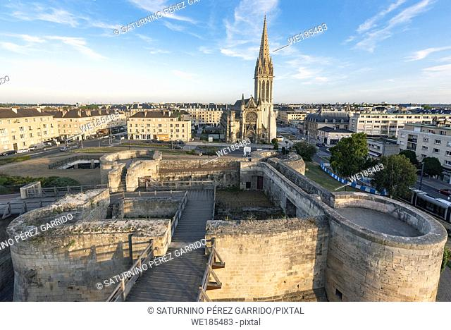 Views of the church of San Pedro and the Castle of Caen
