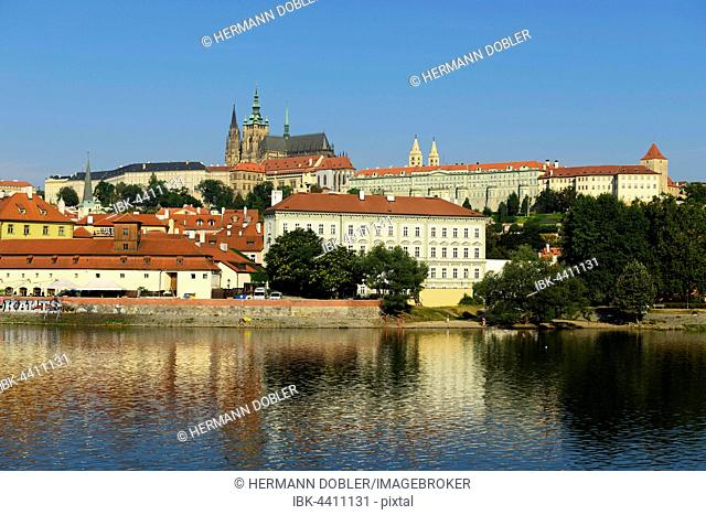 Prague Castle, St. Vitus Cathedral, Castle Hill Hradcny, Castle District, Vltava, Prague, Czech Republic