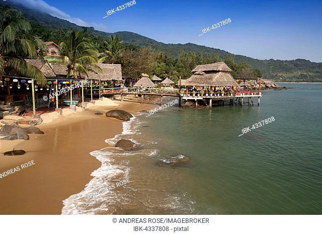 Bamboo huts on the beach at Rangbeach, Danang or Da nang, Quang Nam Province, Vietnam
