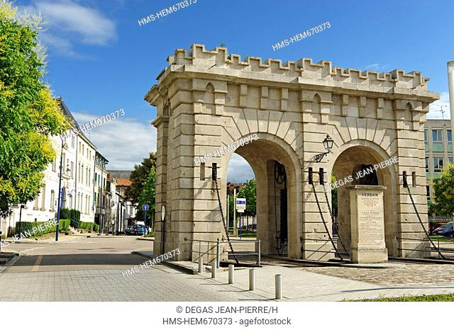 France, Meuse, Verdun, Porte Saint Paul, gate connecting the station where the conscripts flocked to the Caserne Jeanne d'Arc in the downtown