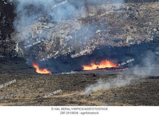 Molten lava fountains in Kilauea Caldera, Hawaii Volcanoes National Park, Big Island, Hawaii