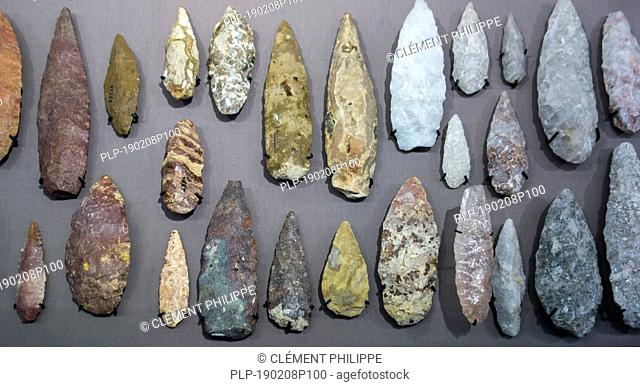 Collection of Lupemban bi-facially flaked stone points, tips for throwing or stabbing spears from the Lupemba Valley, Kasaï, Congo