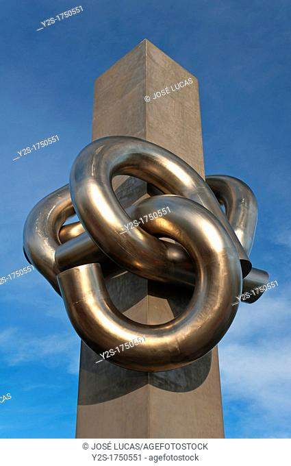 Sculpture The Knot by Jose Noja, Huelva, Spain