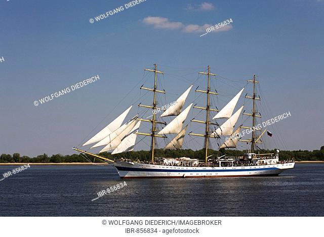 Mir Russian tallship, traditional sailing boat, opening parade, anniversary of the harbour in 2008, Hanseatic City of Hamburg, North Germany, Europe