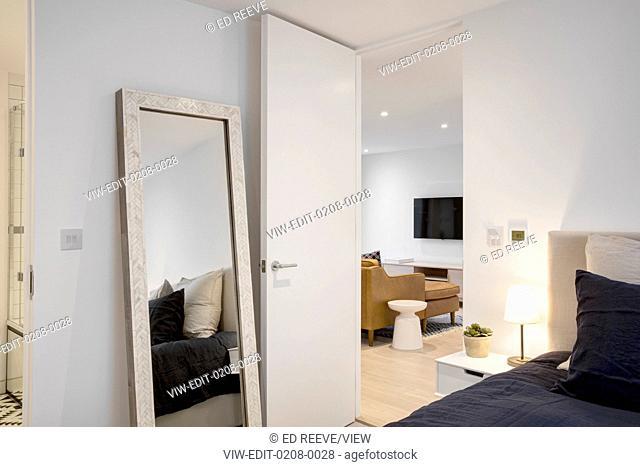 Bedroom view. Formal - North End Road, London, United Kingdom. Architect: Hogarth Architects Ltd, 2016