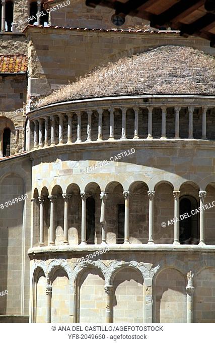 Romanesque apse S. Maria della Pieve Arezzo Tuscany